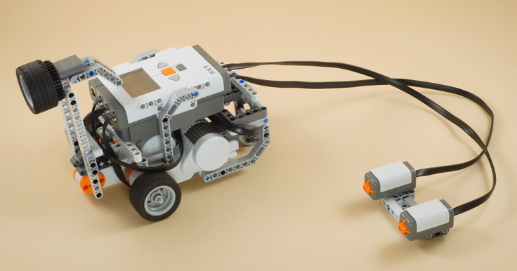 Как сделать движущегося робота 614